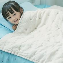天然亚麻绗绣婴儿盖毯